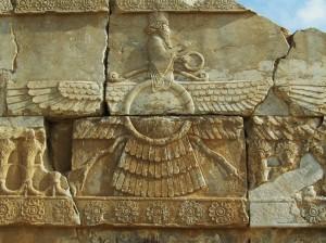 Uskrzydlona tarcza słoneczna w Persopolis
